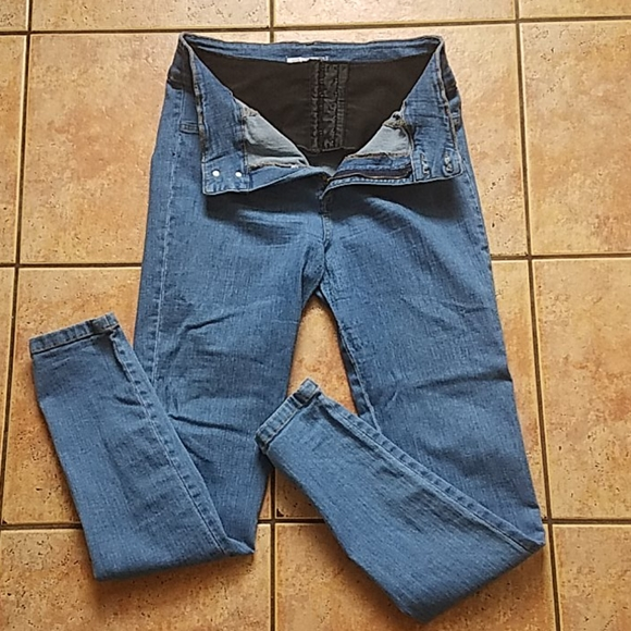 Curvify Jeans with Built in Shaper
